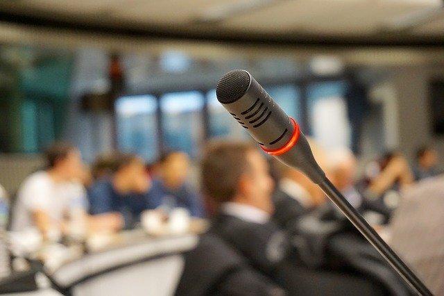 bien connaître le public visé durant sa prise de parole